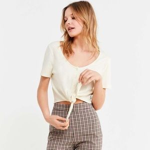 🌈 NWT UO tie blouse